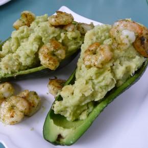 Gefüllte Avocado mit Garnelen